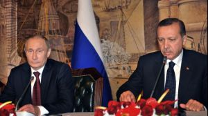 Turkish Prime Minister Recep Tayyip Erdogan (R) and Russian President Vladimir Putin give a press conference in Istanbul on December 3, 2012.