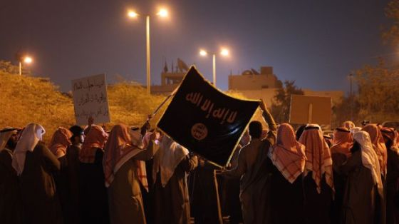 Kuwaitis protest against the French war in Mali, January 21, 2013.