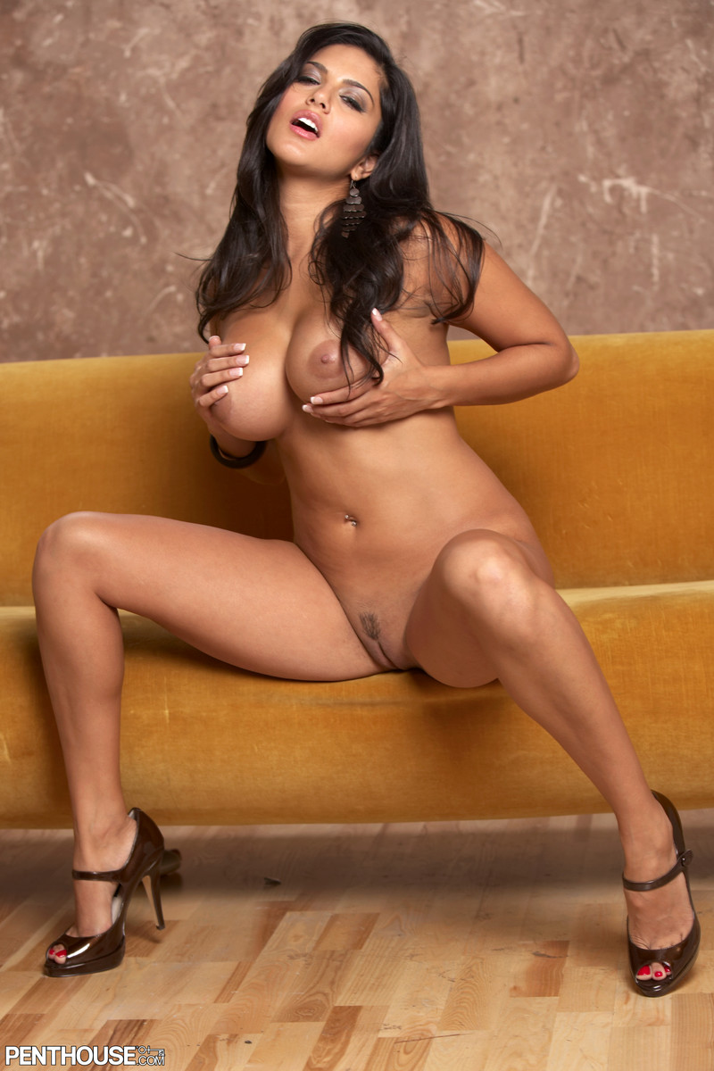 Sexy nude indian porn star