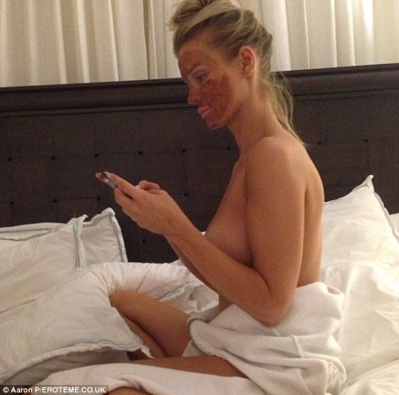 Romain Zago shares nude photo of Joanna Krupa
